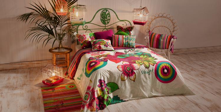 Cuscini Divano Desigual.Desigual Tessili E Piccoli Accessori Per Un Home Decor A Tutto Colore